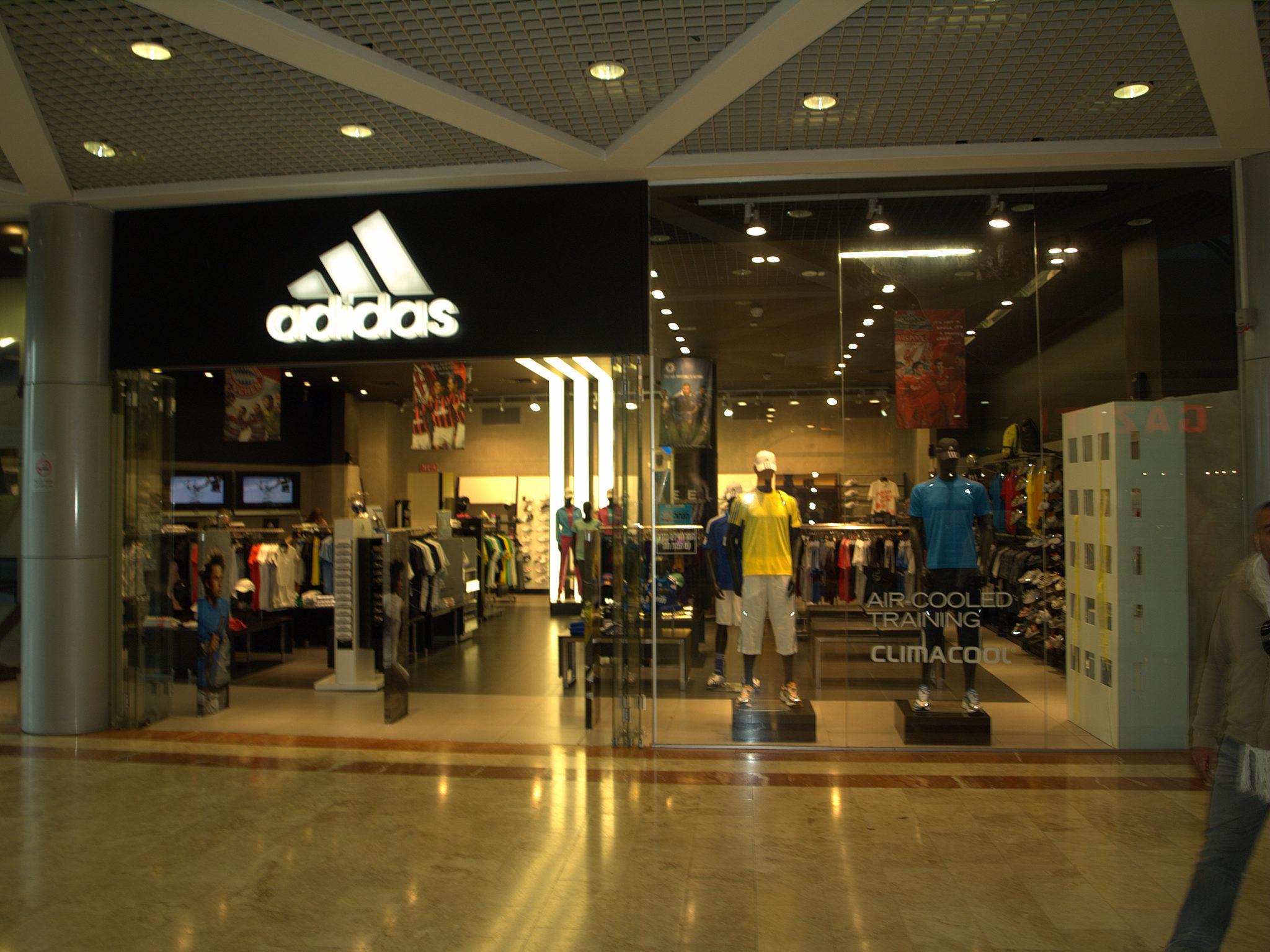 197b318db3e Adidas vai assumir distribuição e licenciamento da Reebok no Brasil e  Argentina