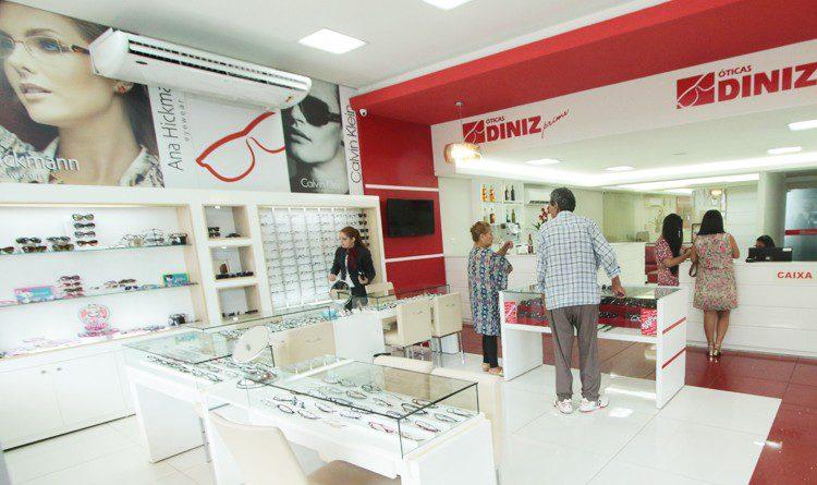 98f0d76de Óticas Diniz inaugura loja em Indaiatuba - Newtrade